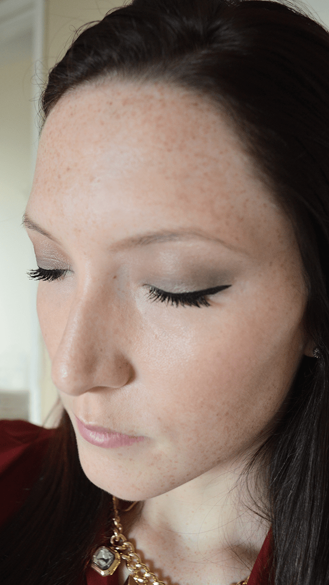 A pretty, glowing Valentine's Day makeup tutorial!