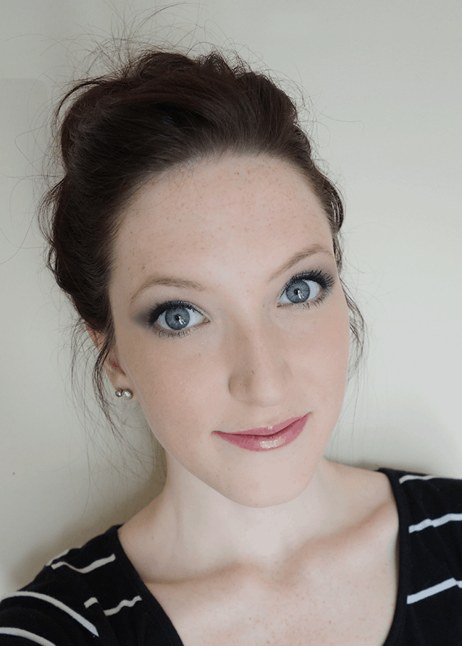 Sparkly purple smokey eye tutorial #BeautyQtips #CleverGirls #sp