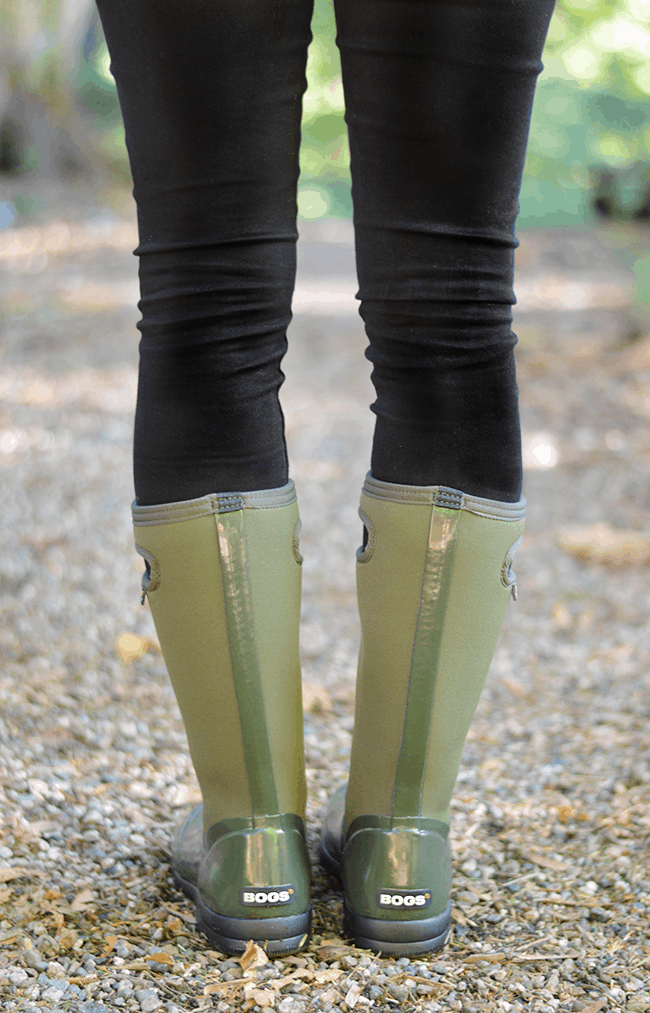 The Comfiest Rain Boots   Giveaway | Olive & Ivy
