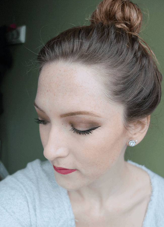 Smoky eye created with the Urban Decay x Gwen Stefani Eyeshadow Palette | oliveandivyblog.com