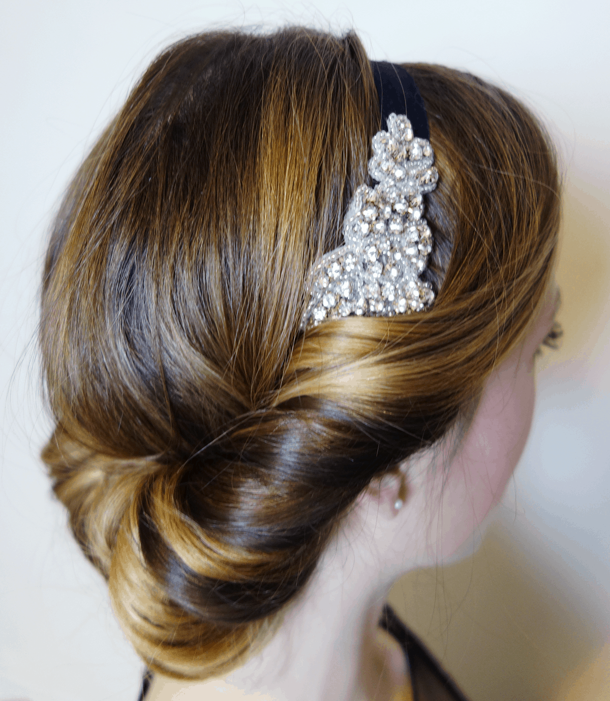 Easy 1920 S Great Gatsby Hair Tutorial Olive Amp Ivy