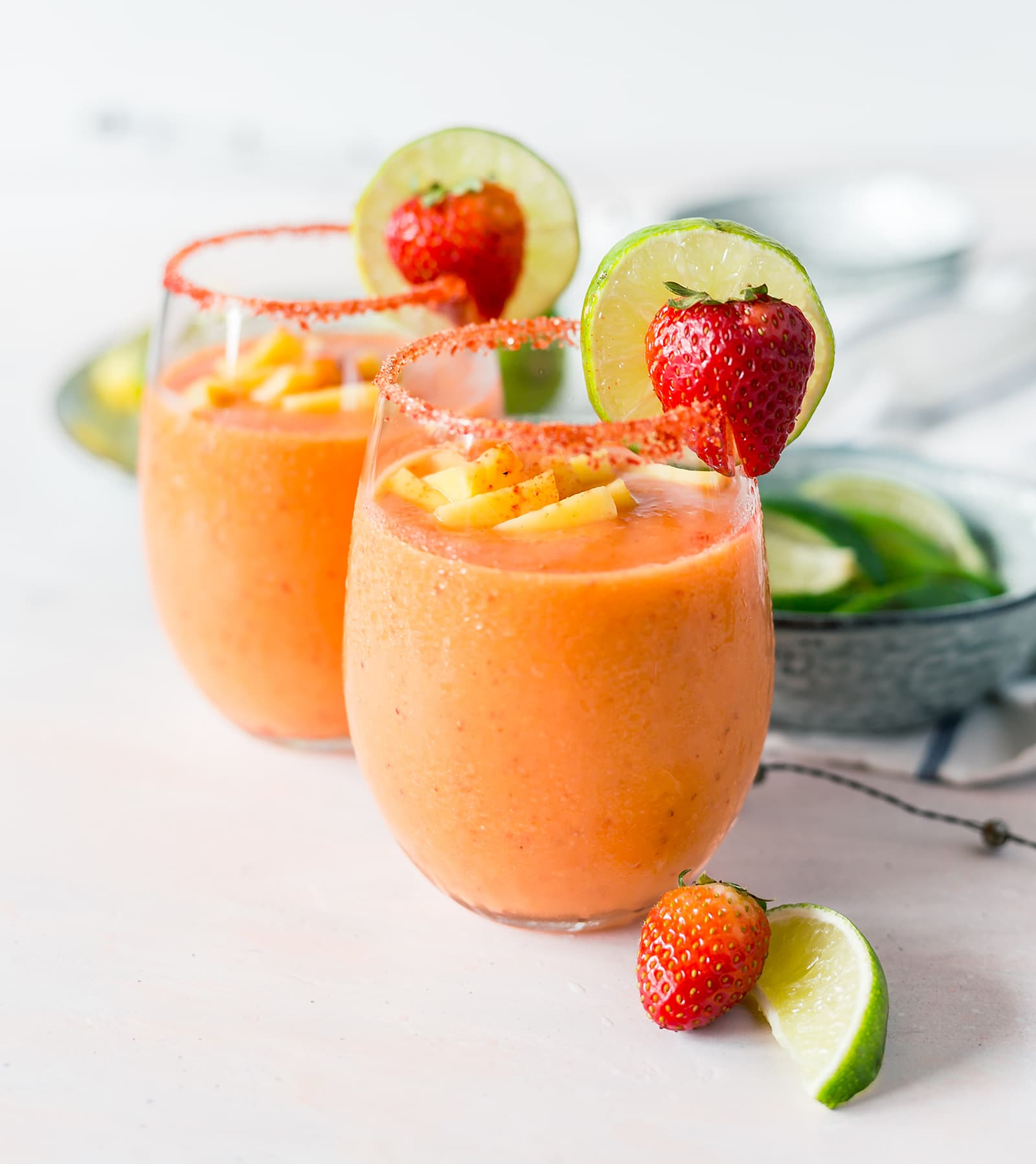 Strawberry Mango Frozen Margarita recipe | oliveandivyblog.com