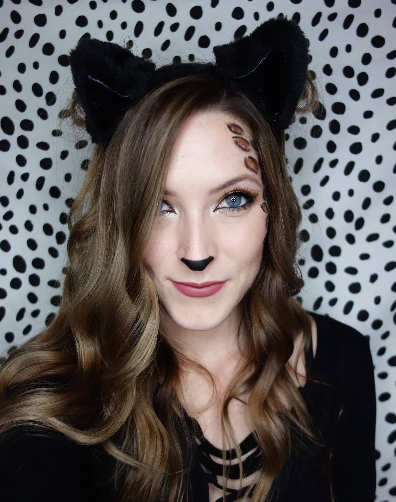 easy last-minute glam cat halloween makeup | olive & ivy